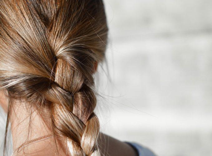 Co vaše vlasy potřebují pro to, aby vypadaly svěže a zdravě?